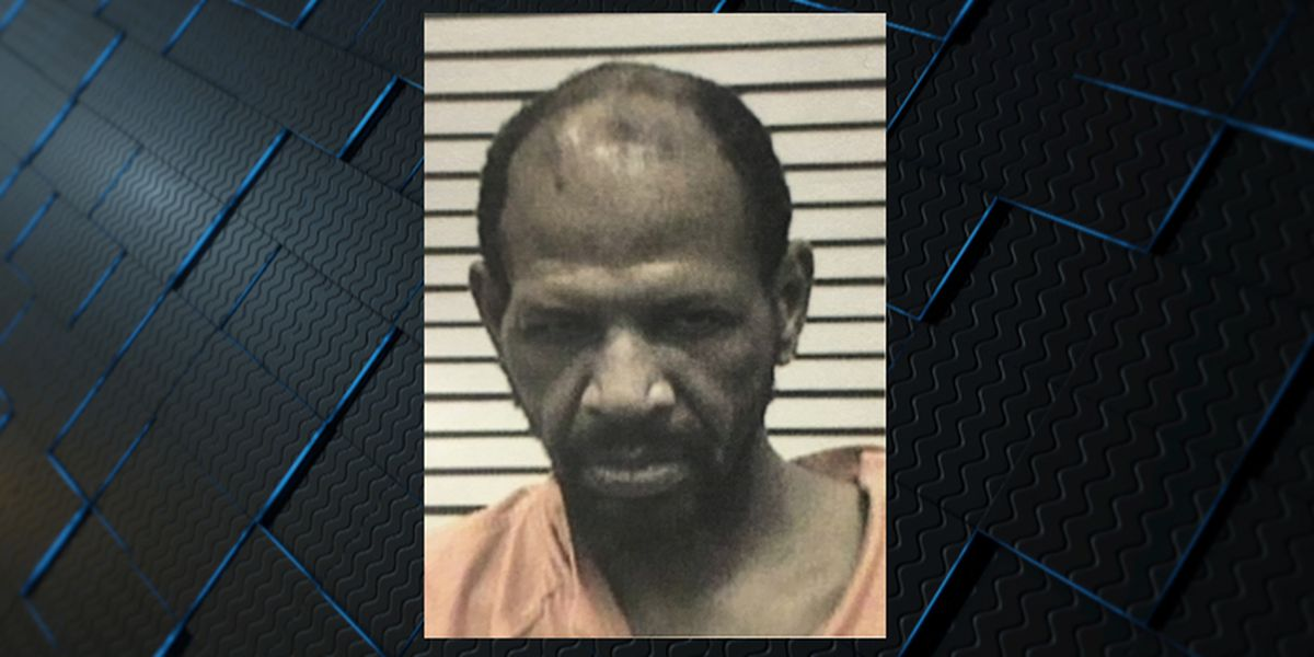 Suspect charged in Aliceville officer-involved shooting, wife's body found in car