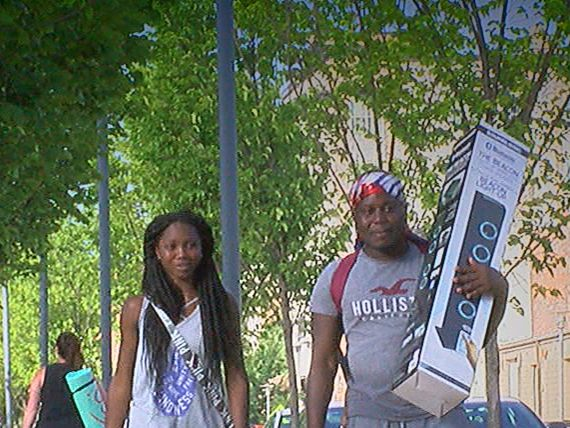 'Guns down, water guns up': Community comes together to end violence