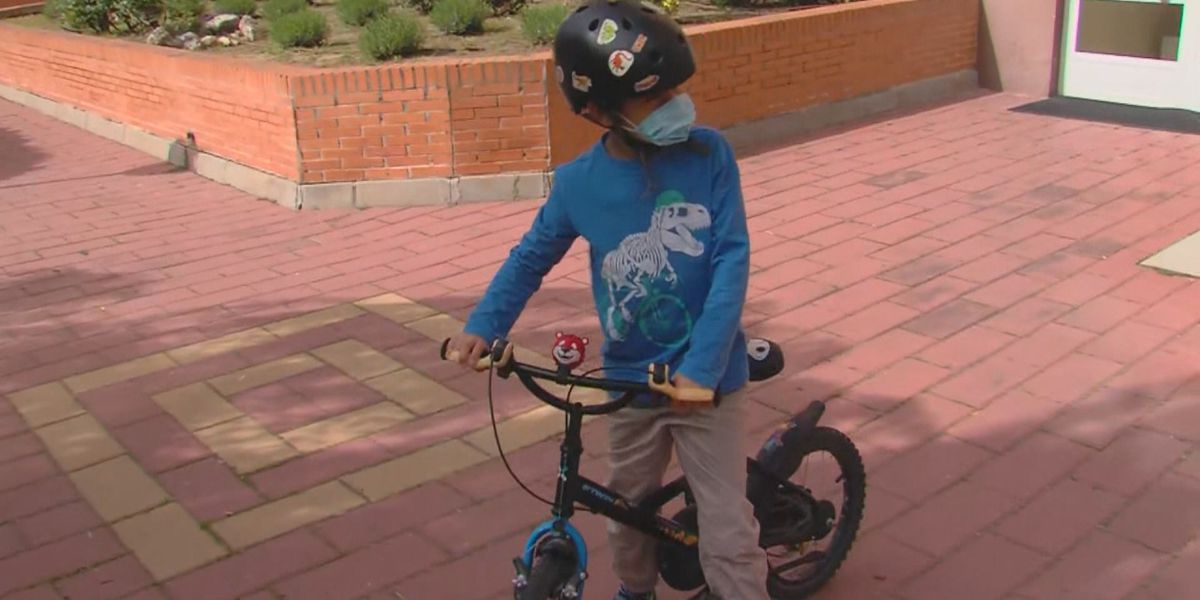 WHO: Kids 5 and under should not be forced to wear masks