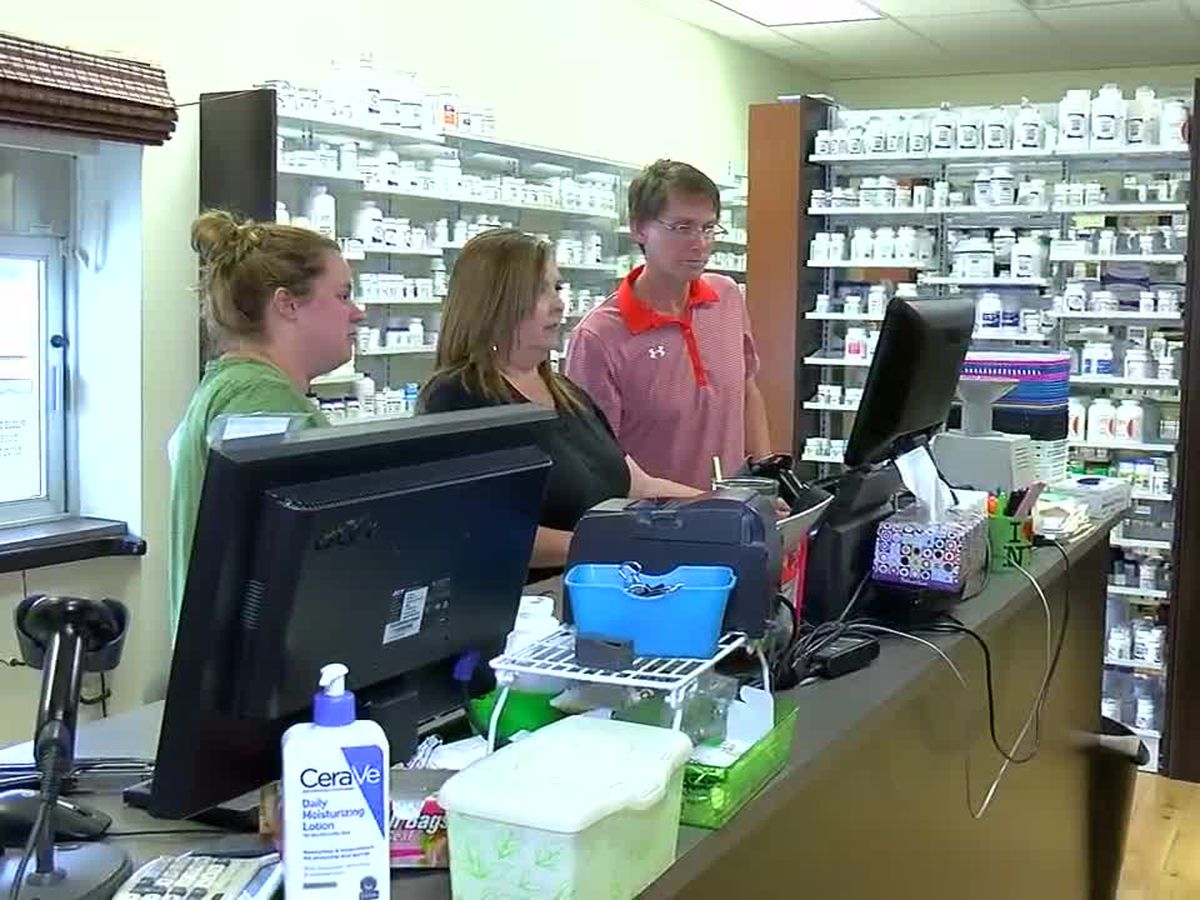 A Childersburg pharmacy closing after 64 years in business