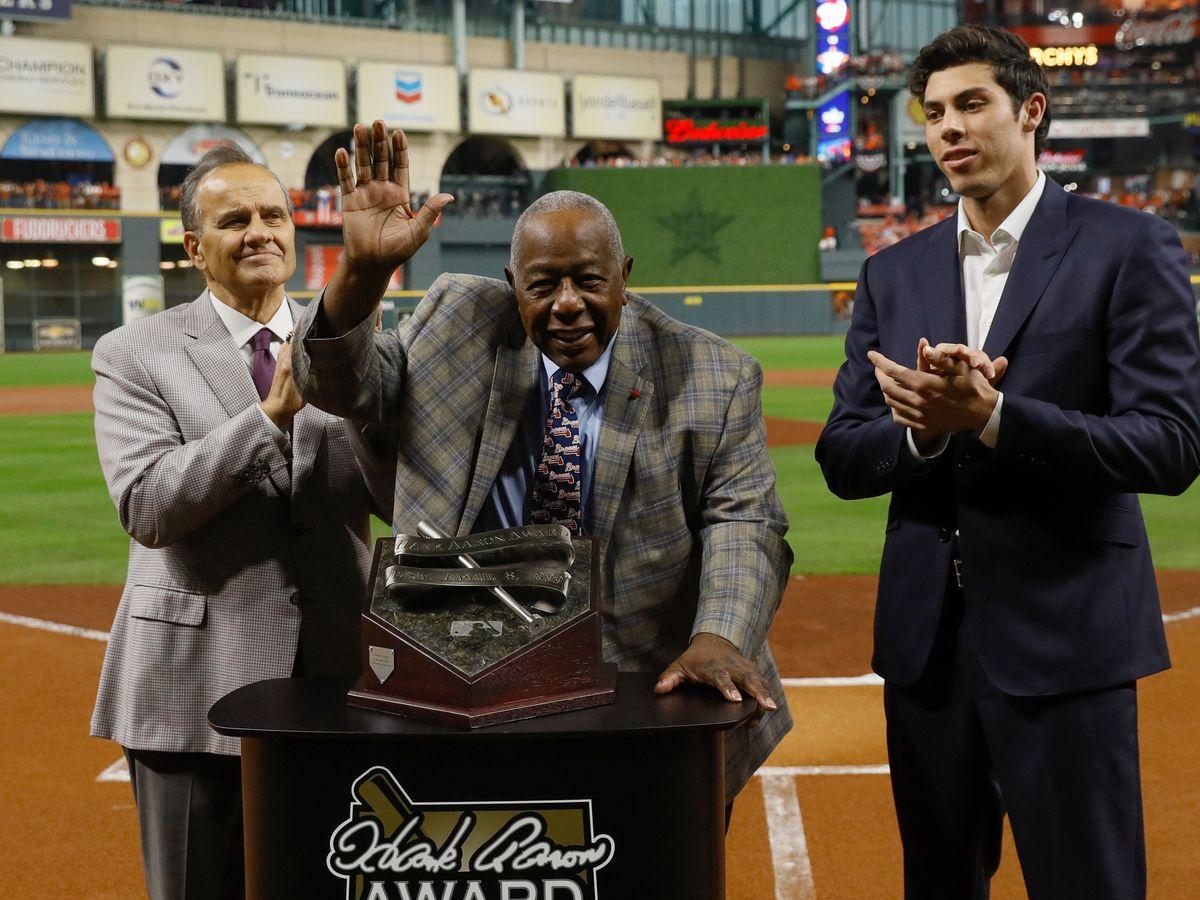 Baseball gathers behind home plate to honor Hammerin' Hank