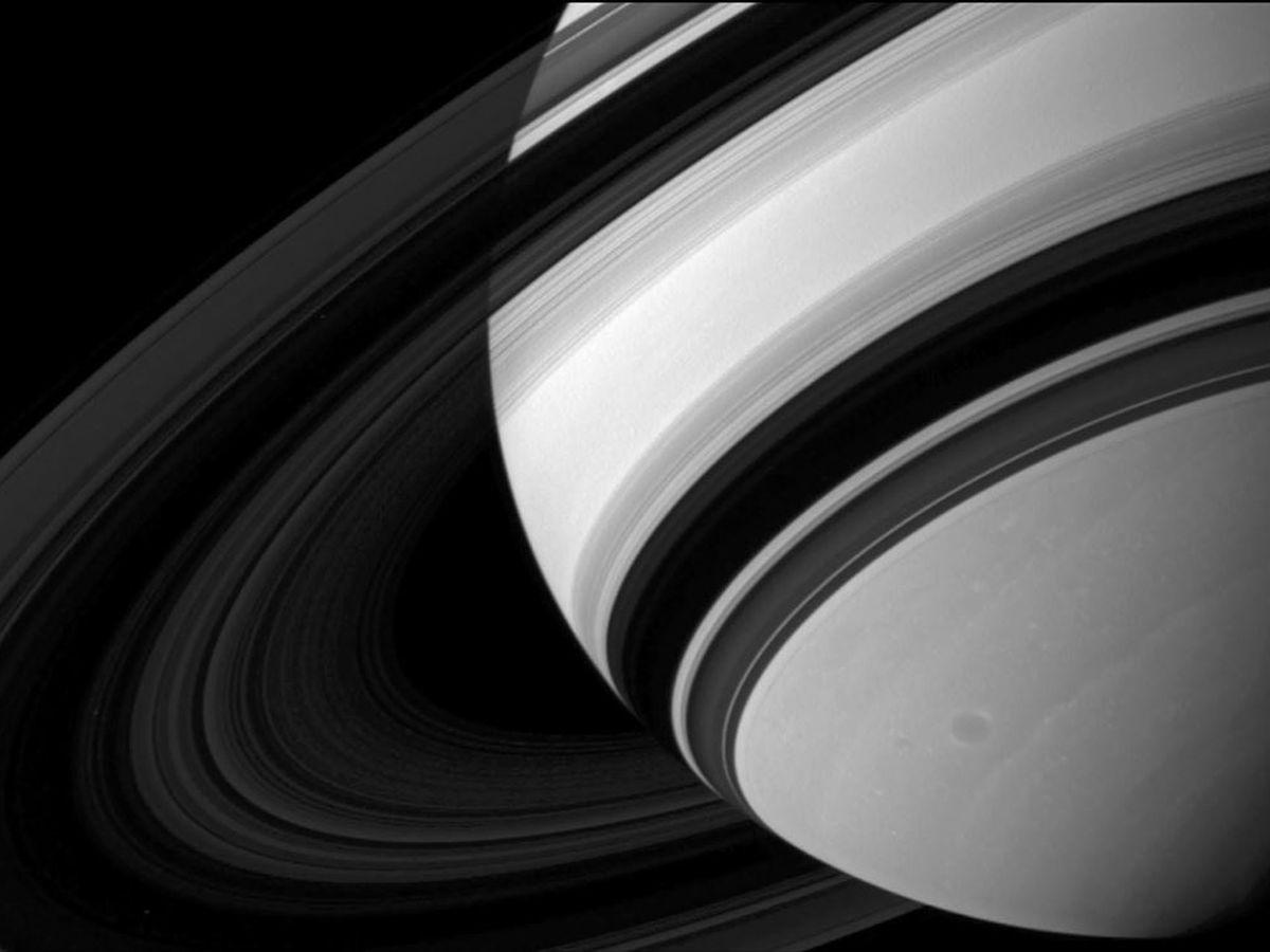 NASA: Saturn is losing its rings
