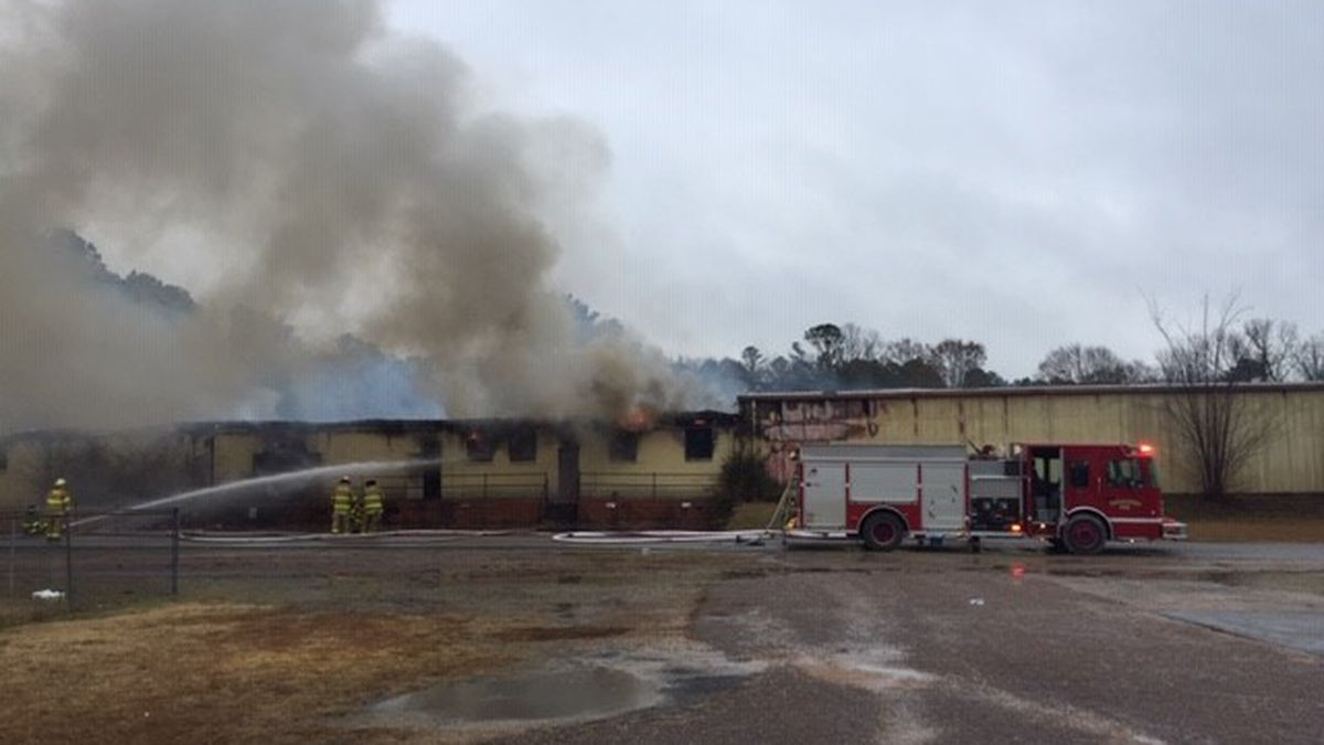 Crews battling warehouse fire in Carbon Hill