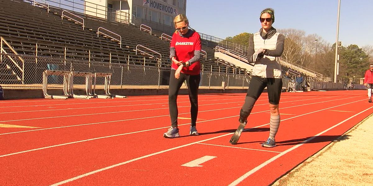 Mercedes Marathon brings in athletes from all over the country, including special group from Chicago