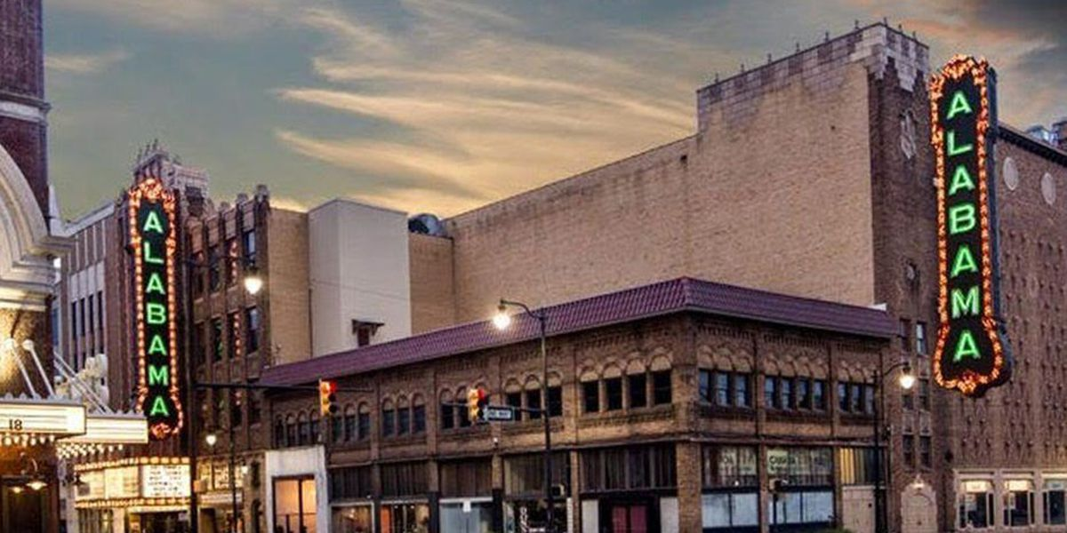 Vote to bring back the big Alabama Theatre sign