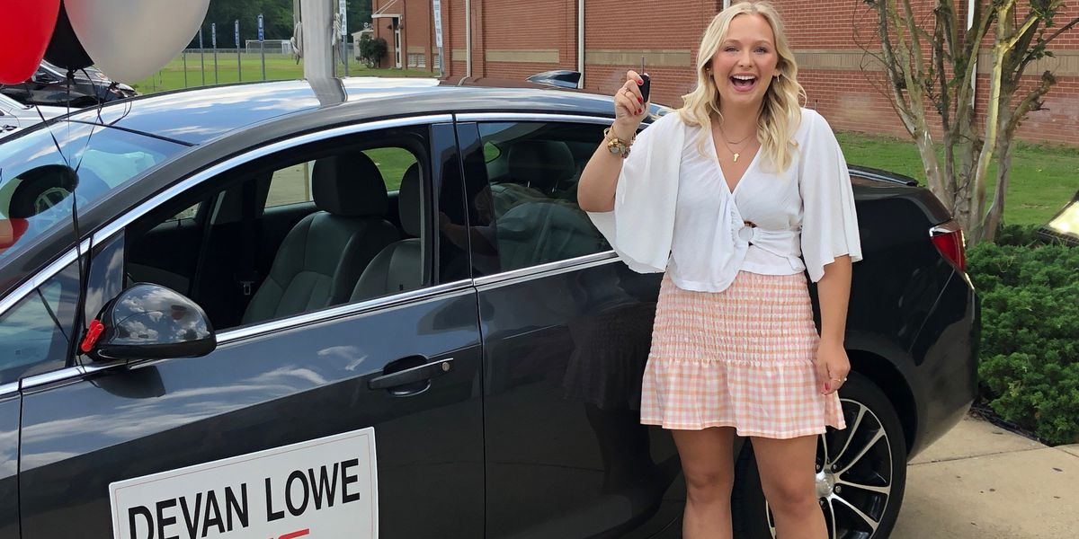 Southside HS graduate ends senior year by winning a car