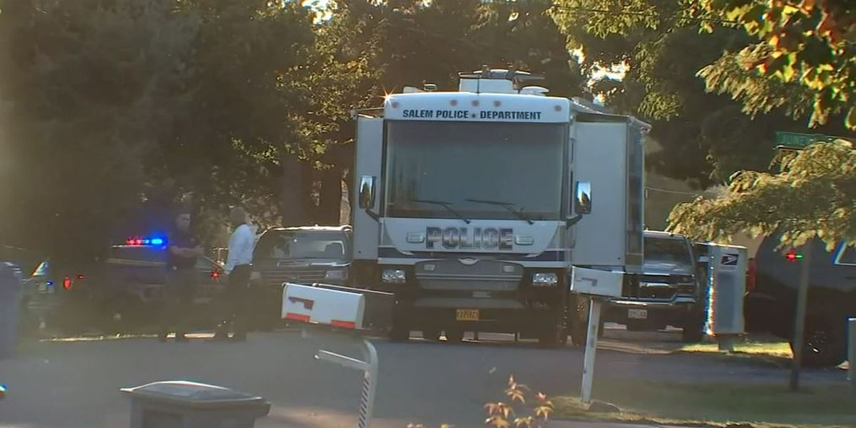 Police: Multiple people dead in Oregon 'hostage situation'