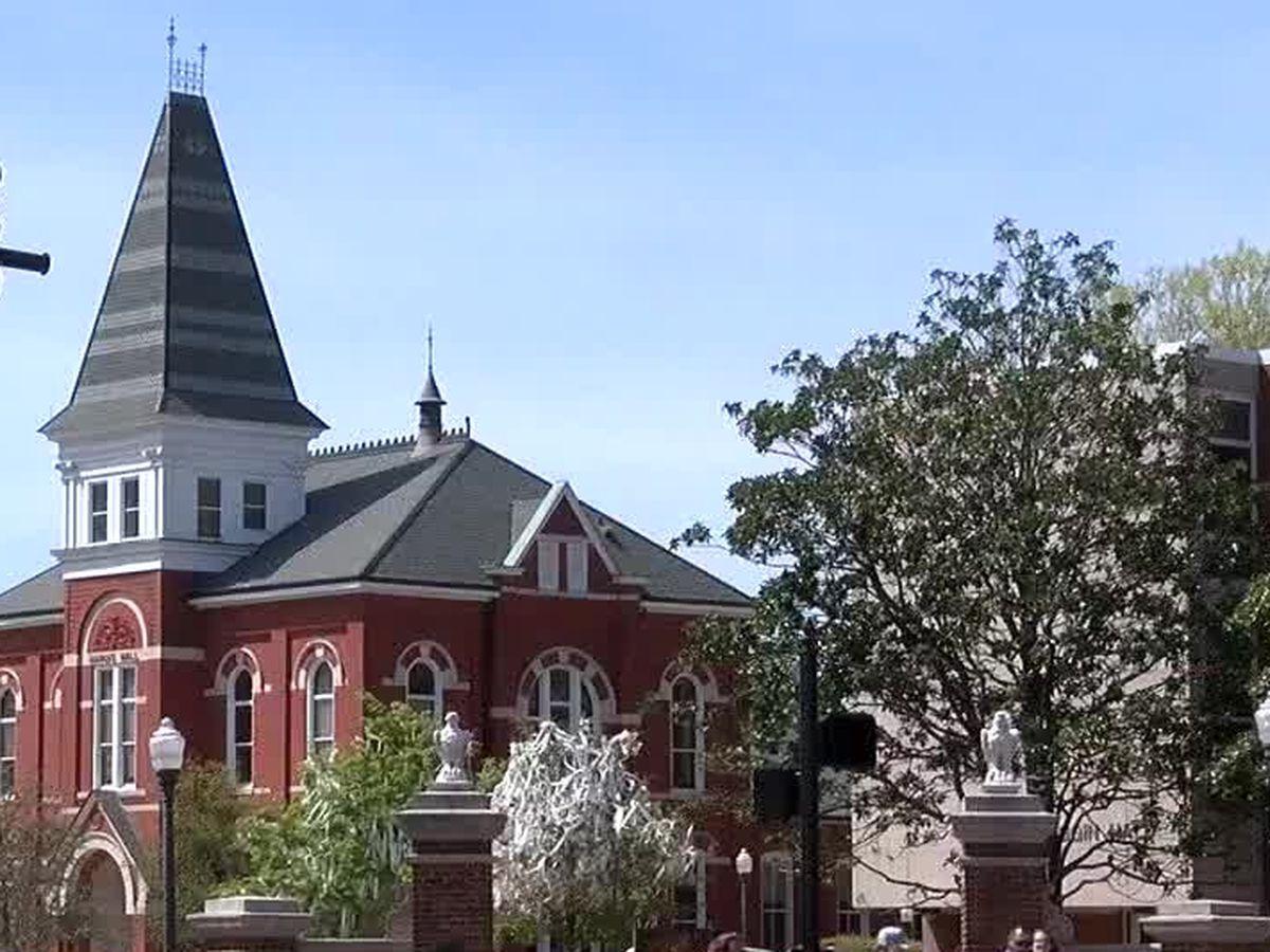 Auburn police investigating 2 unrelated reports of suspicious activity on AU's campus