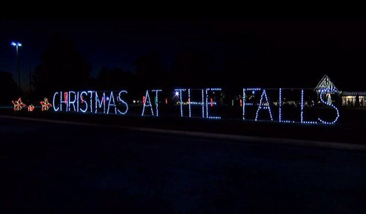 Christmas at the Falls opens in Gadsden