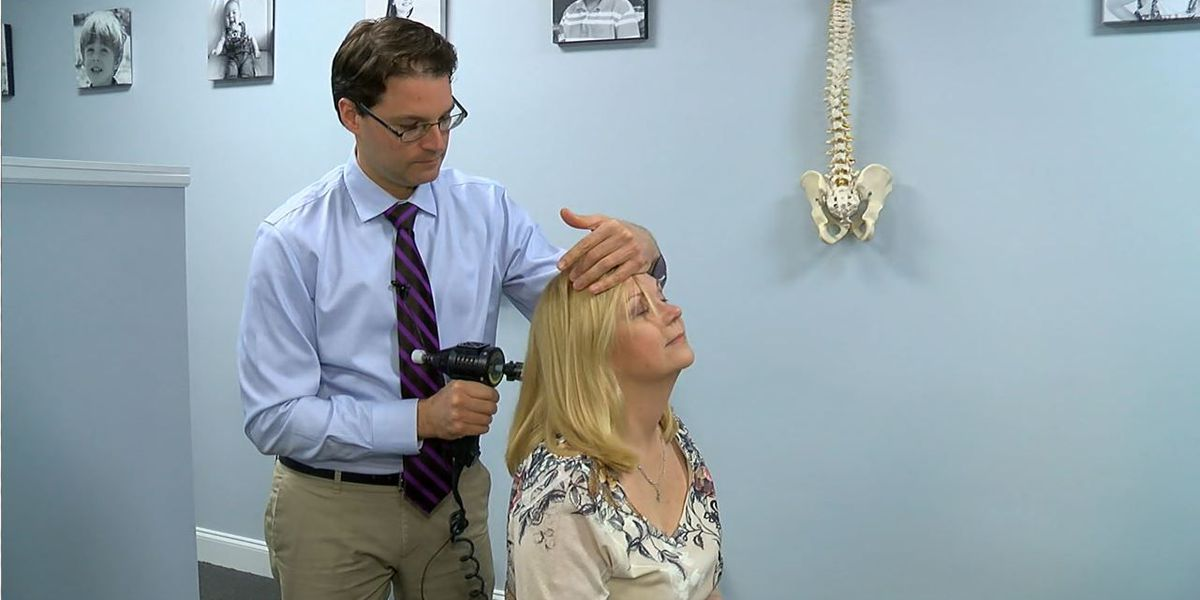Smartphones, other devices leave people with pain, headaches
