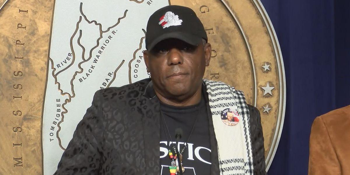 Organizers seek expanded boycott following mall shooting