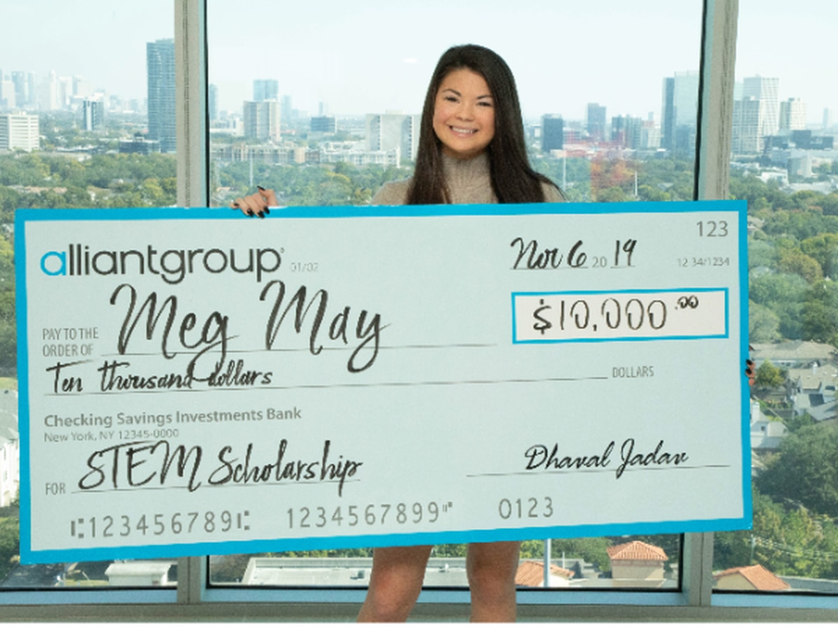 Tuscaloosa City School student wins $10,000 STEM scholarship