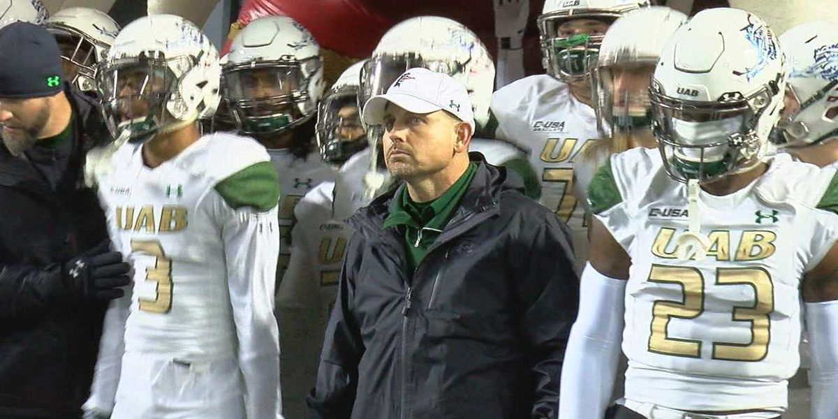 UAB's Bill Clark wins Eddie Robinson National Coach of the Year award