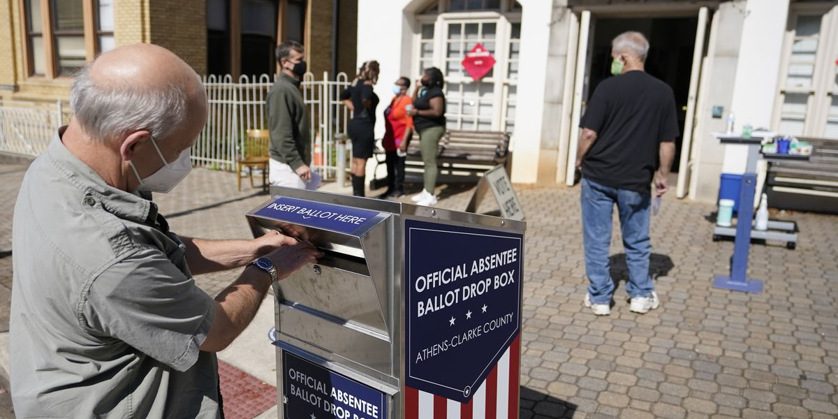 Census Bureau: 70% of voters cast ballots early or by mail