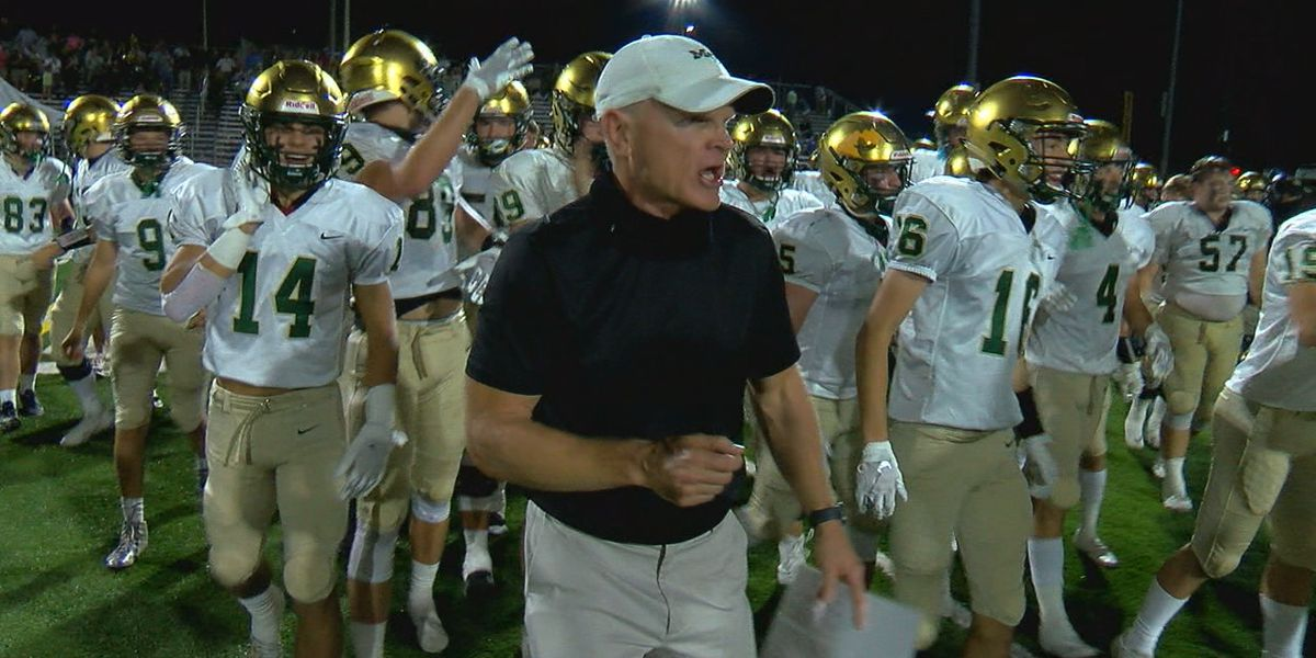 Sideline Game of the Week: Mountain Brook rushes past Briarwood 17-7 in Class 6A, Region 5