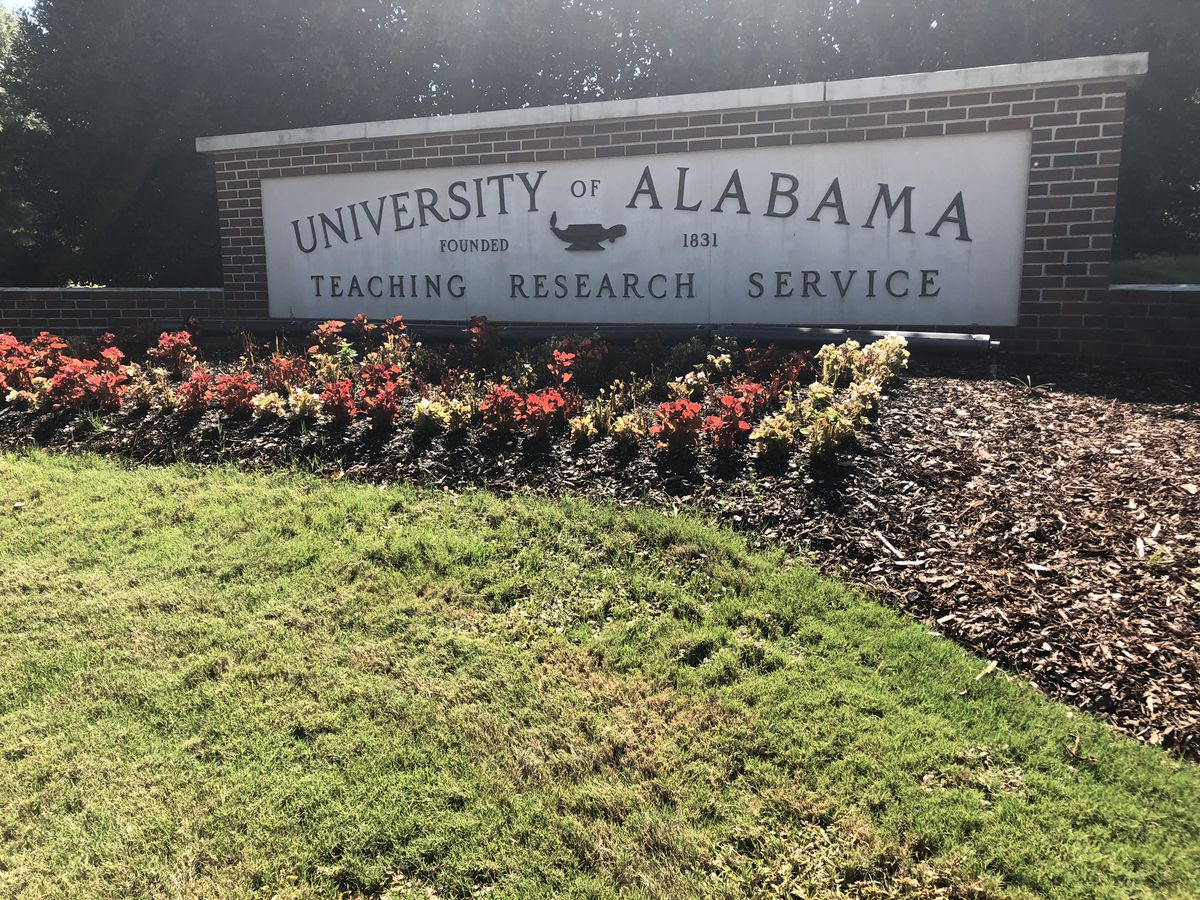 University of Alabama offering COVID-19 leave to employees in 2021