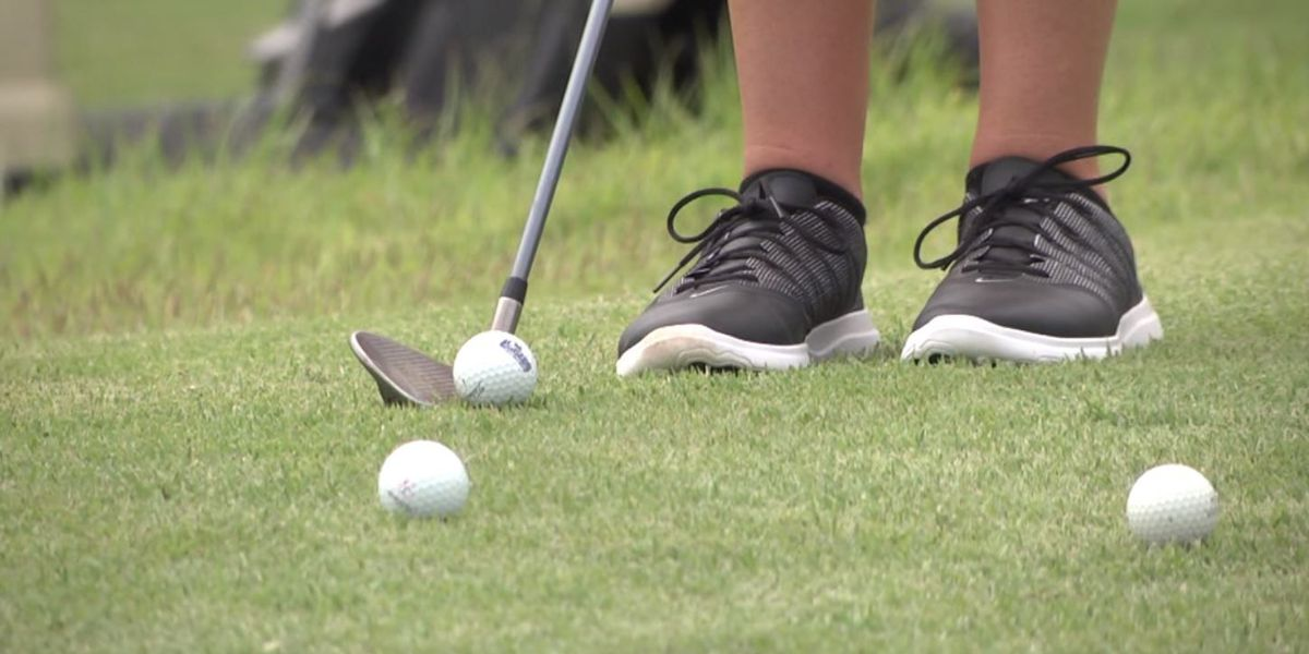 15 year old is youngest golfer competing in U.S. Women's Open