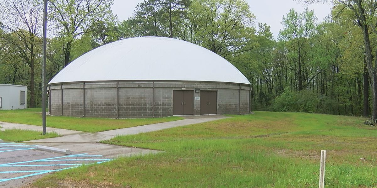 Community storm shelters prepare for severe weather during a pandemic