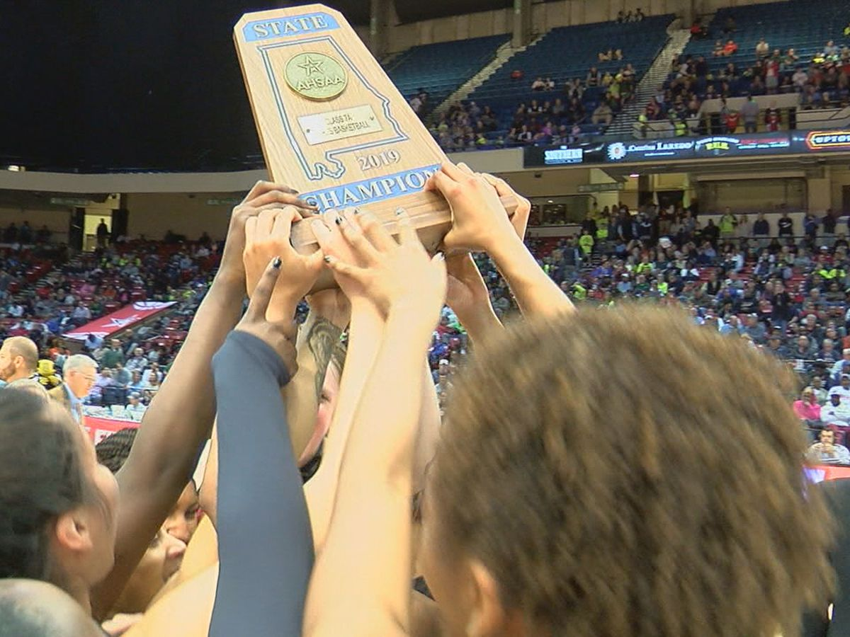 Hoover tops Hewitt-Trussville 47-33 to win 6th state championship
