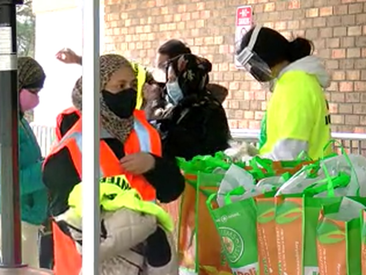 Birmingham Islamic Society helps host food, supply giveaway