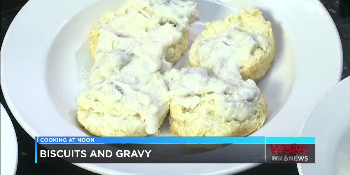 Metro Diner: Biscuits & gravy