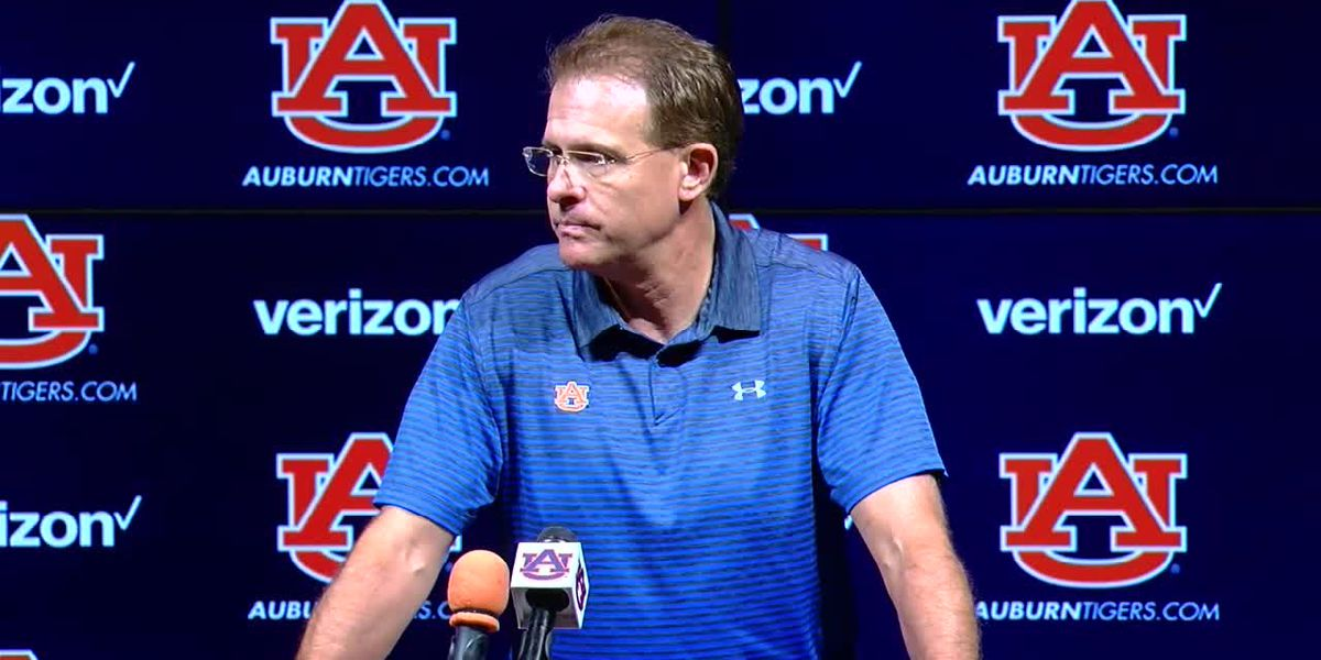 Gus Malzahn speaks to media before Kent State game