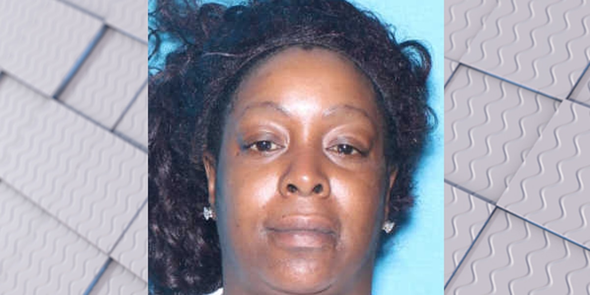 Woman charged with murder after death of a Tuscaloosa man