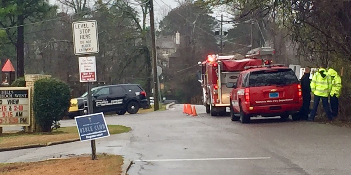 Crews working to repair gas line following leak, evacuations in Vestavia Hills