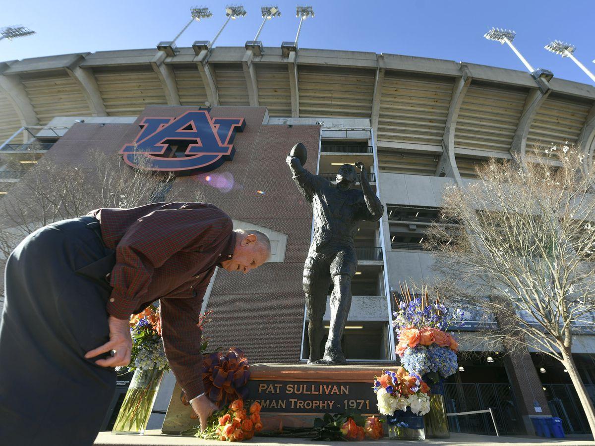 Pat Sullivan meant the world to Birmingham, AL sports figures