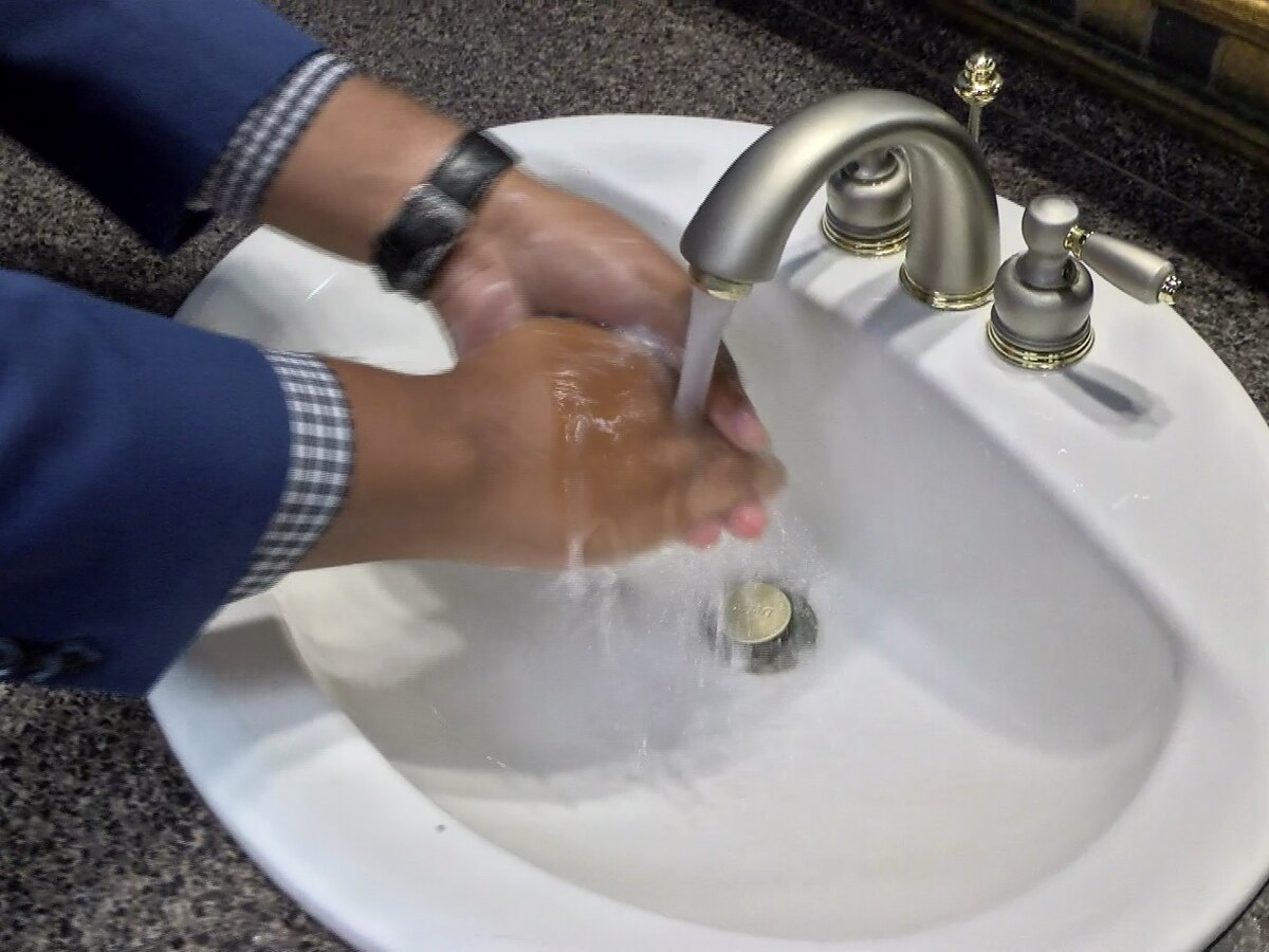 Avoiding the flu: How to correctly wash your hands