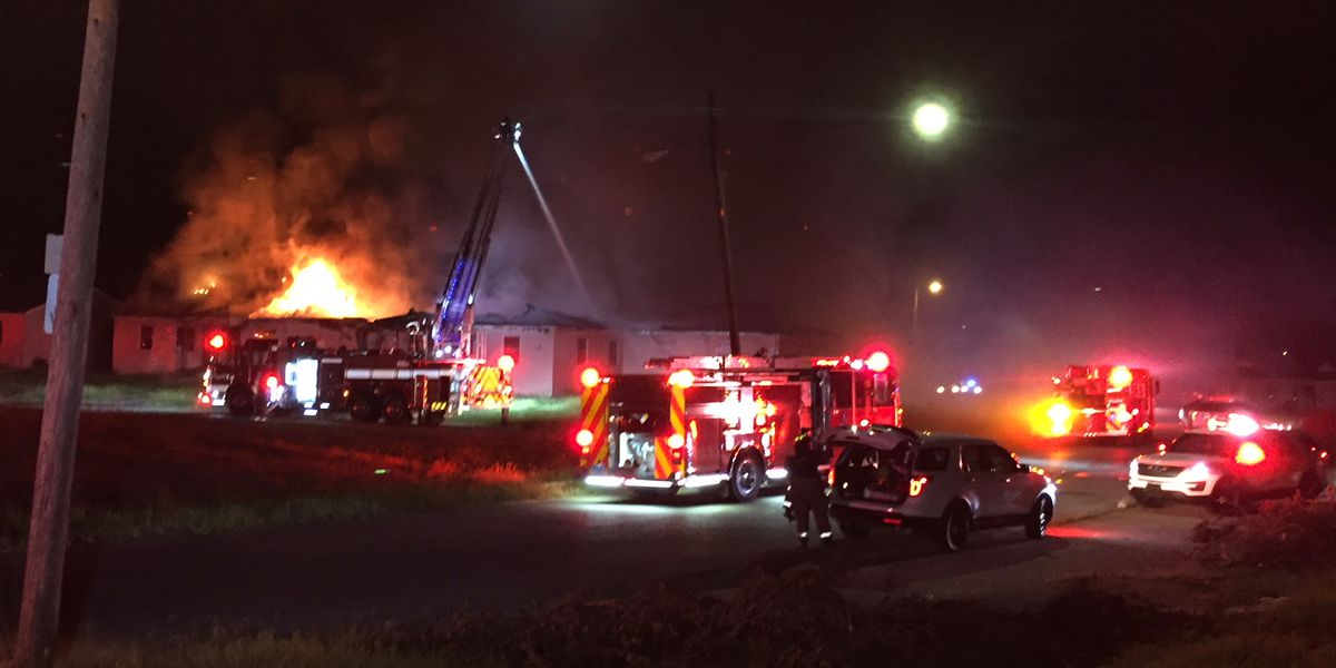 Several units burned in 'suspicious' abandoned apartment fire