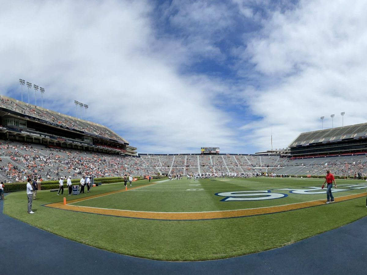 Team Auburn defeats Team Tigers in 1st A-Day game of Harsin era