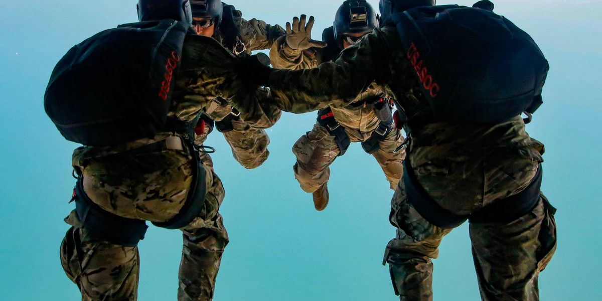 U.S. Army Special Ops skydiving into Bham in honor of healthcare workers