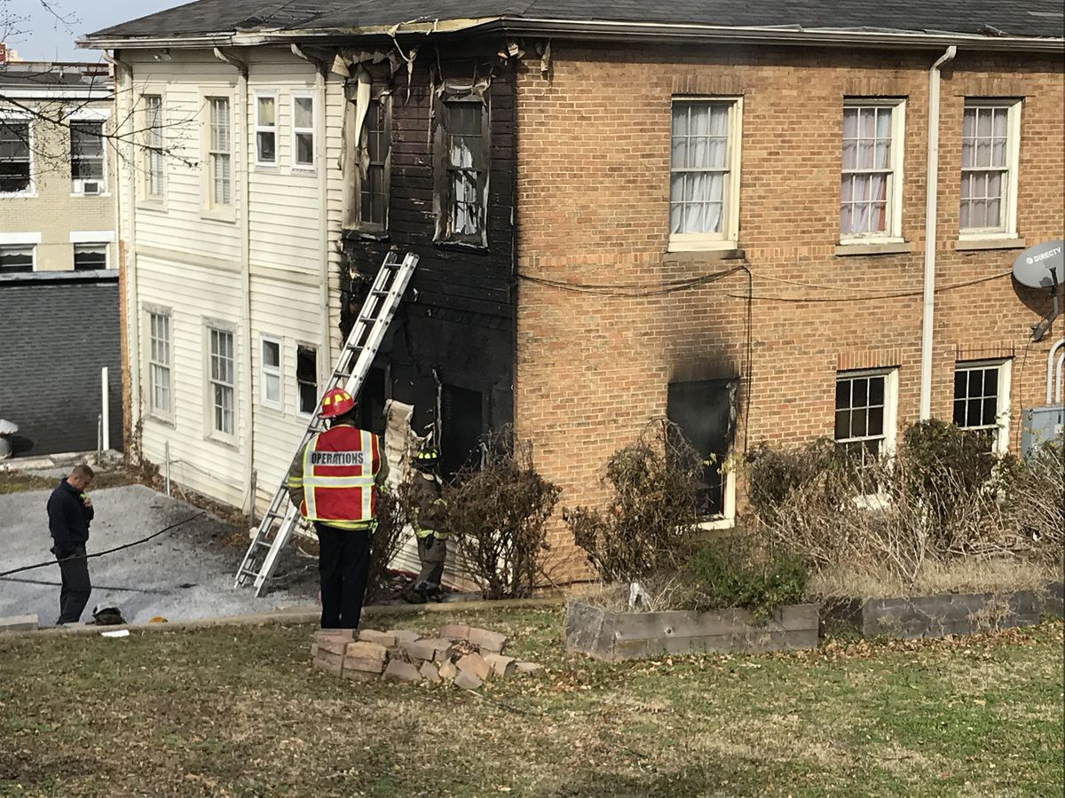 1 person treated for smoke inhalation following Birmingham apartment fire