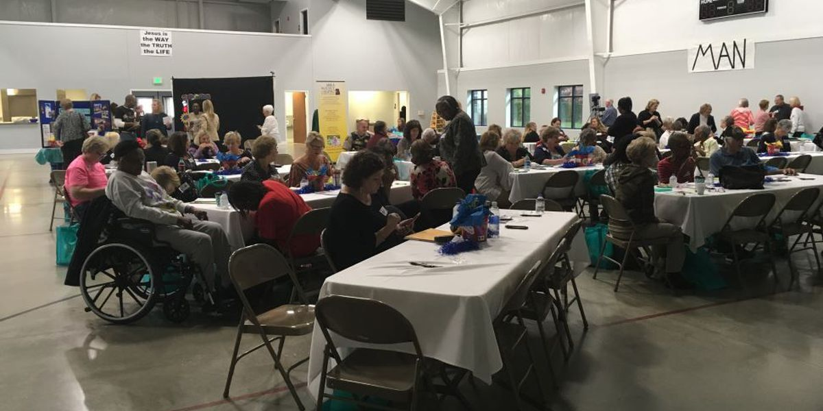 Hundreds attend Alzheimer's conference in Tuscaloosa
