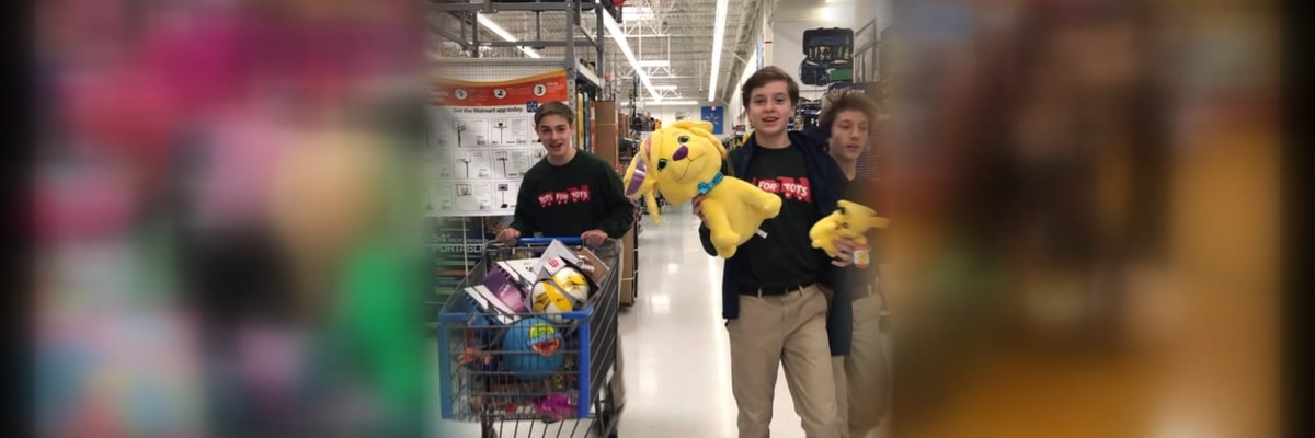 Oak Mtn Middle School buys 2,000 gifts for children in need