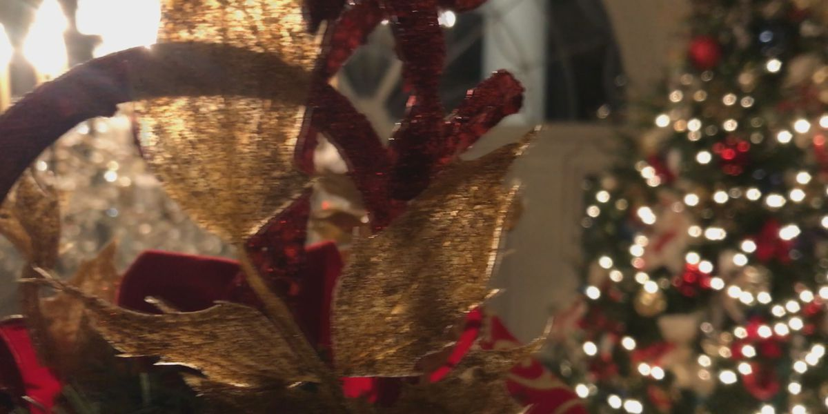 Health officials: Keep Christmas gatherings small
