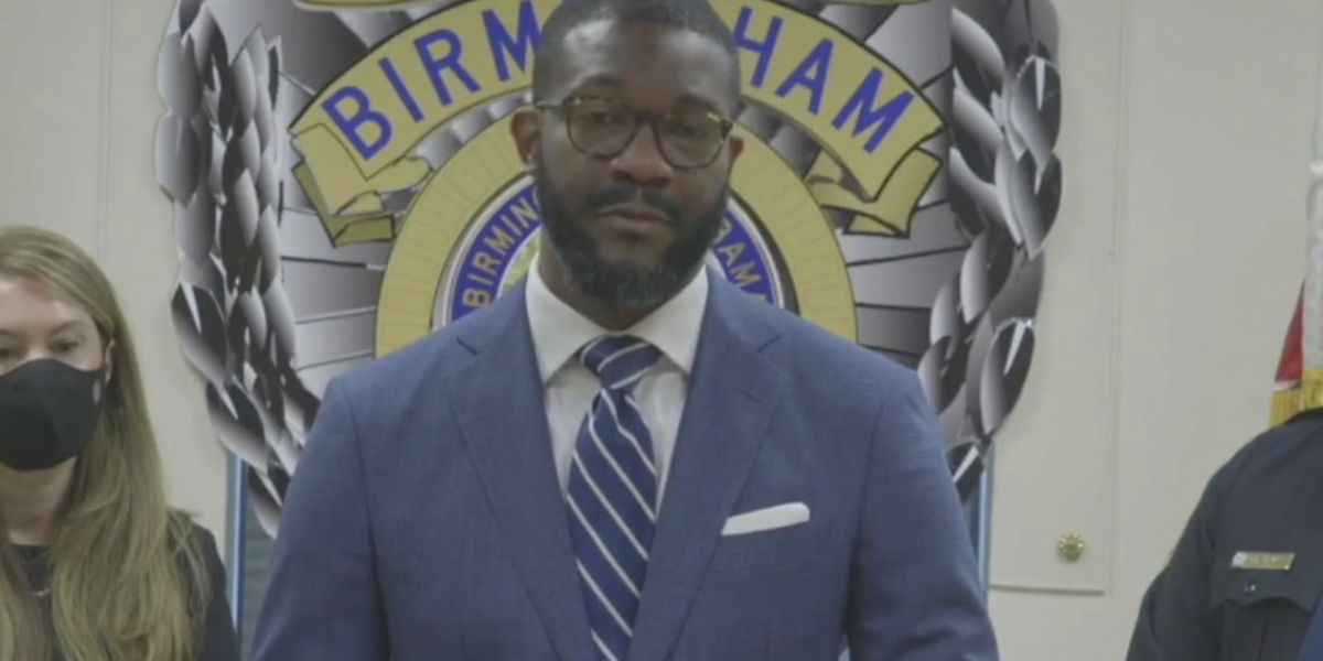 Birmingham mayor considers witness protection program to combat 'no snitch' culture