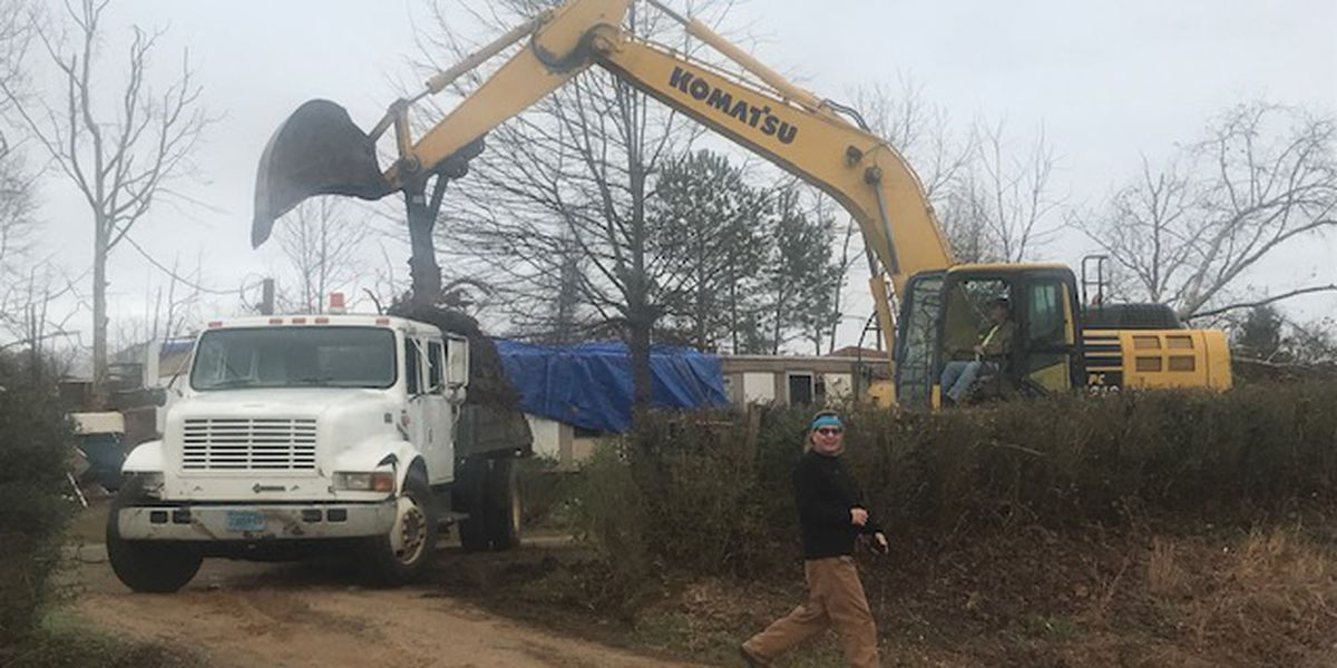 Storm clean up begins today in Pickens County