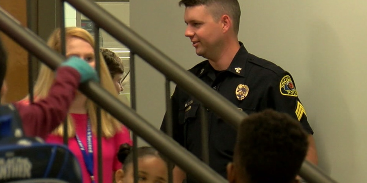 Tuscaloosa city schools and police host school safety meeting