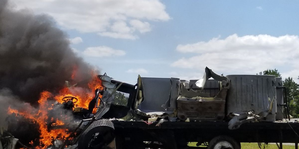 Hero pulls driver from truck in horrible crash in Marion County, truck catches fire