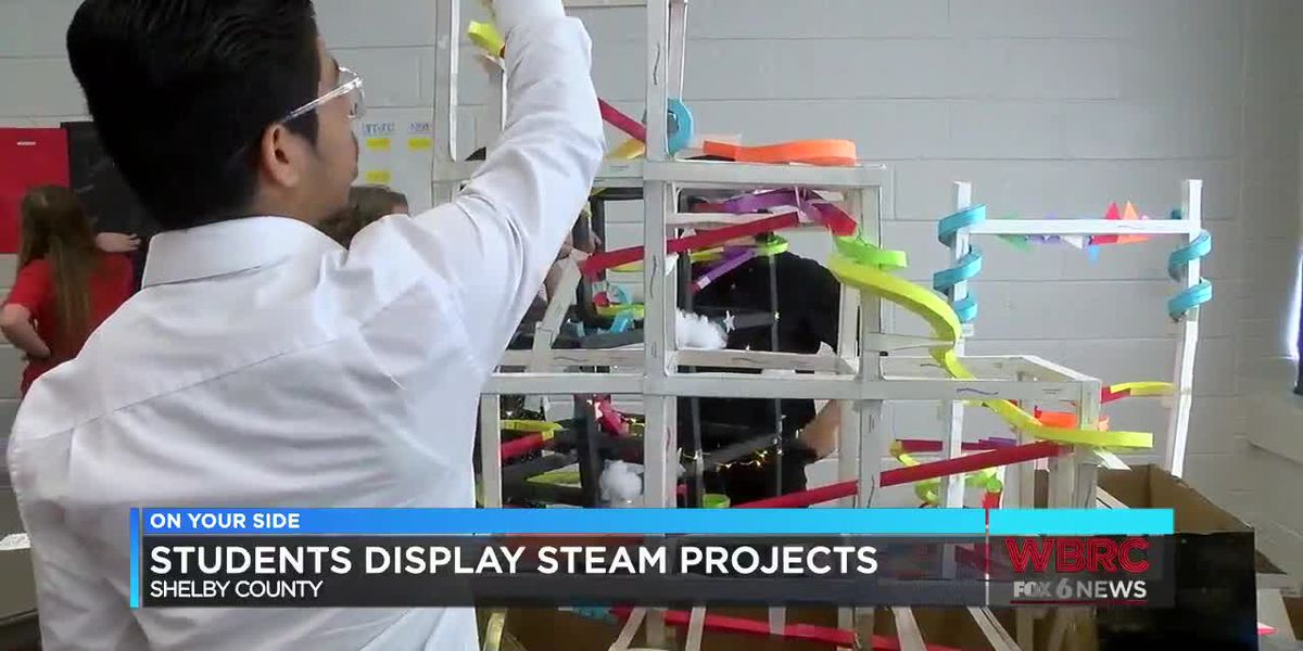 Students display steam projects