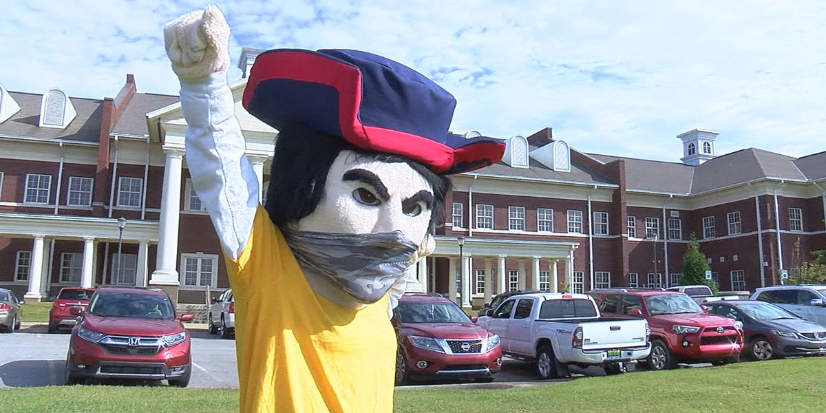 Central HS of Clay County debuts new mascot, Hero the Volunteer