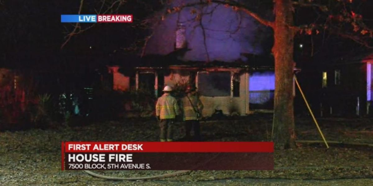 Fire destroys vacant home in east Birmingham