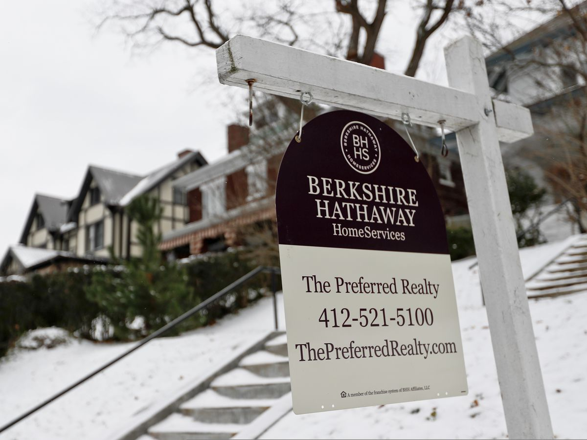 US mortgage rates fall to 3-month low; 30-year at 4.63 pct.