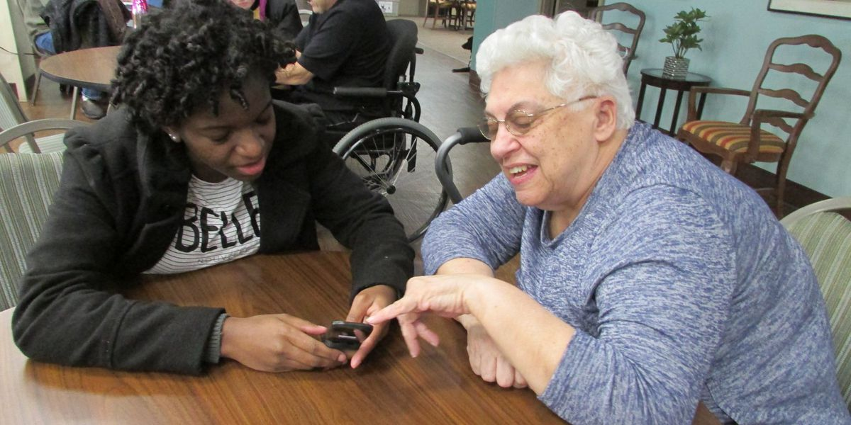 Students teach seniors how to use smartphones, tablets