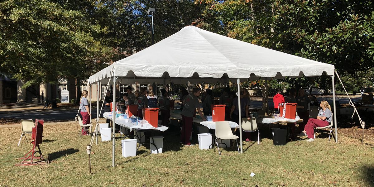 University of Alabama offers free flu shots to students, faculty and staff