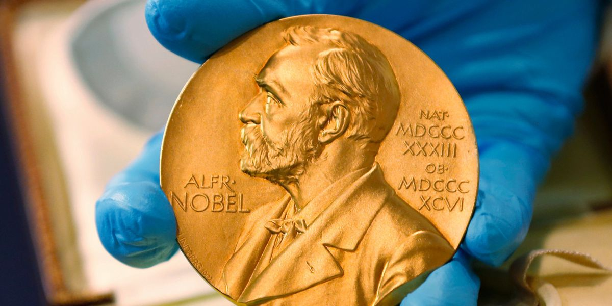 Outsiders, academy members to pick Nobel Literature winners