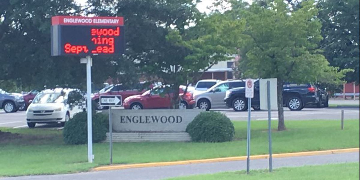 Parent voices concerns about mold issue at Englewood Elementary