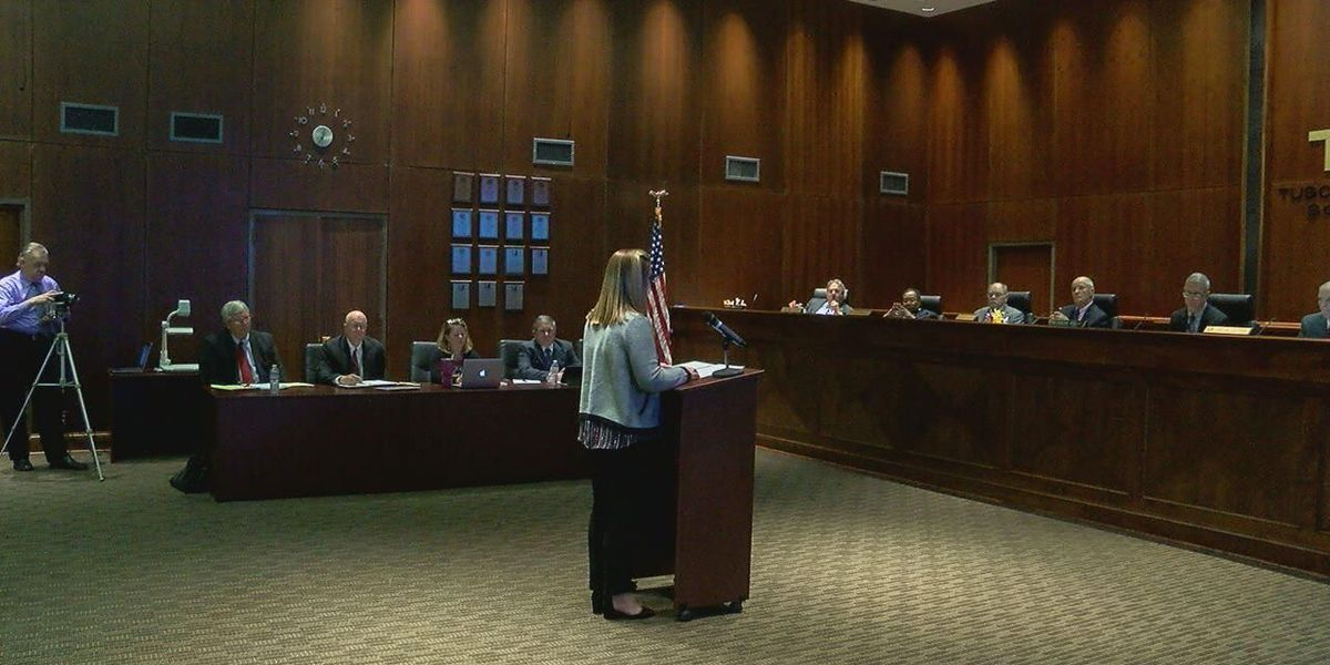 Tuscaloosa Co. School Board approves plan, despite some objections